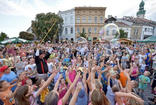 Óriás Buborék show műsor